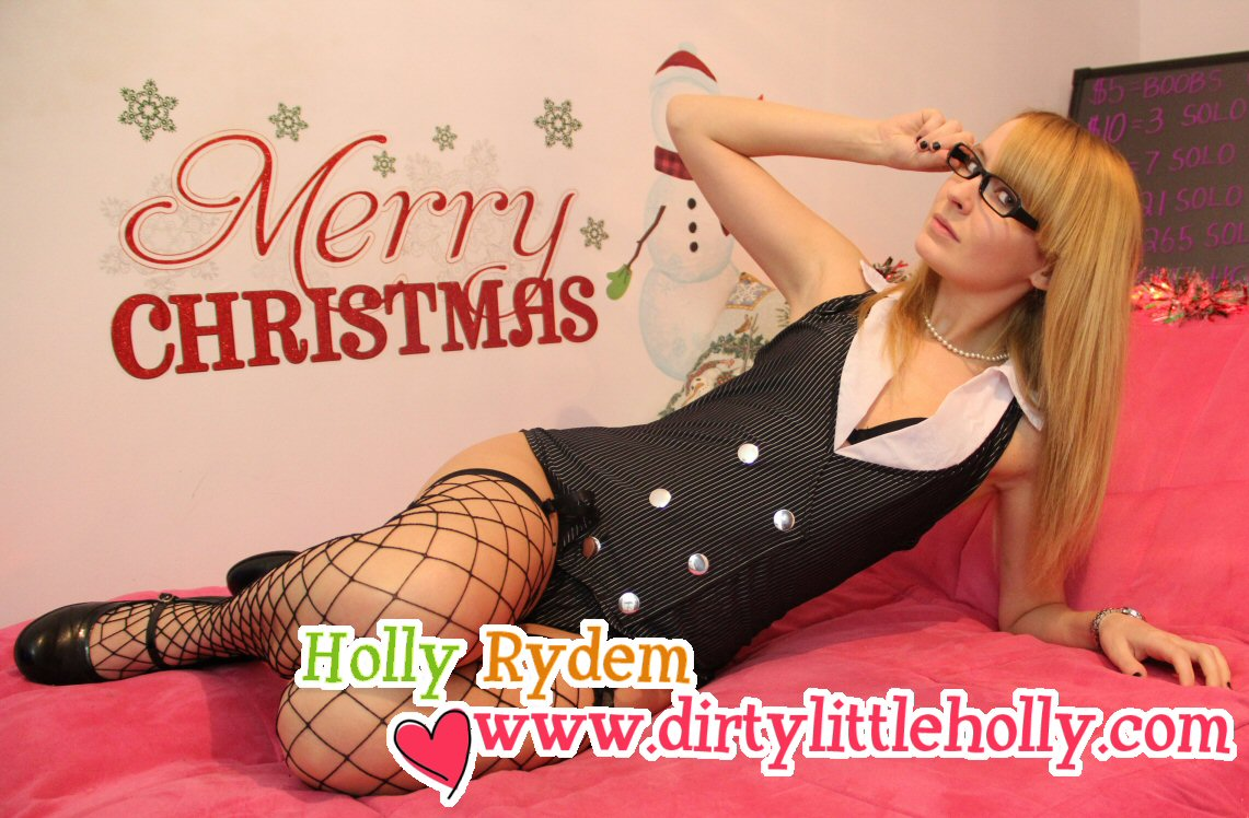 DirtyLittleHolly