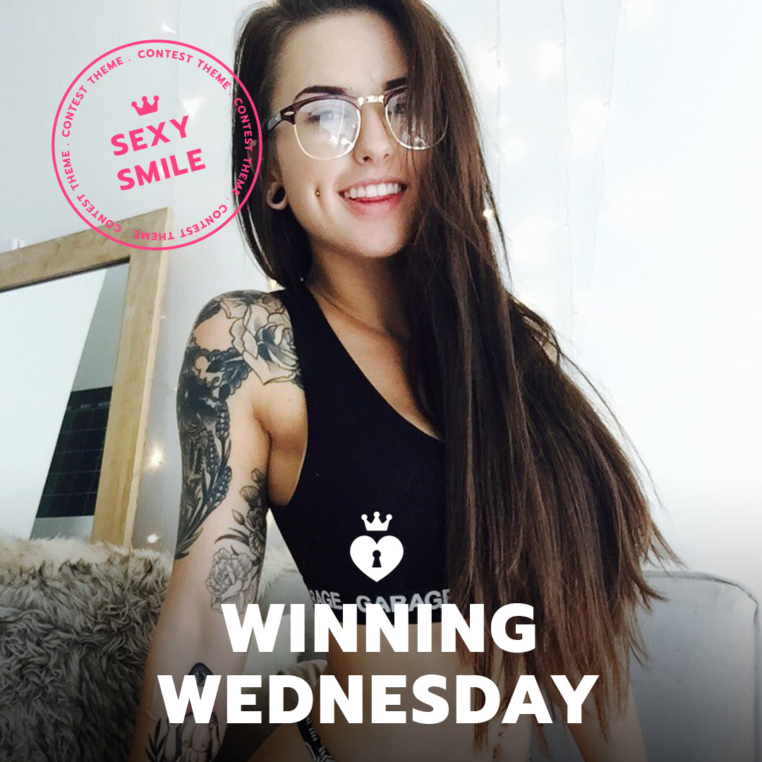 ManyVids #WinningWednesday: Sexy Smile Contest
