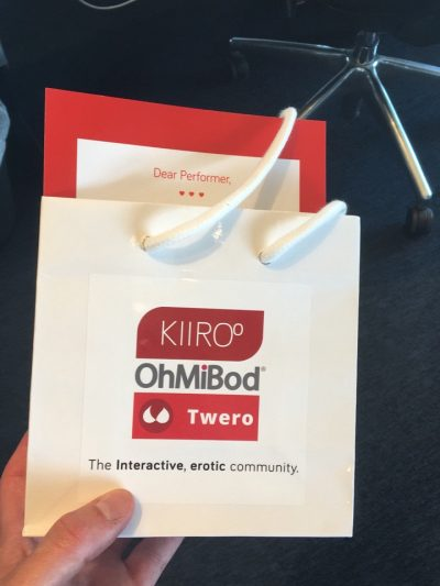 Twero / Kiiroo Giving Away OhMiBod Toys At Bucharest Summit